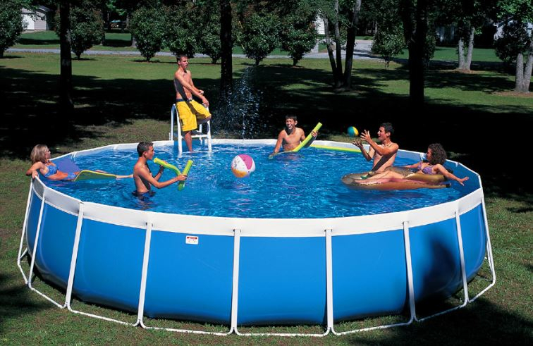 What Swimming Pool Size is Best? - Pool Tech Plus